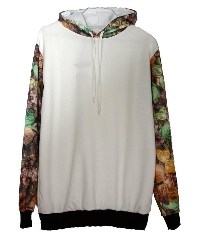 sudadera-blanca-mangas-flores